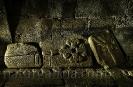 Lauda sepulcral na cripta de Santa Mariña de Augas Santas.
