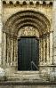 Portada da igrexa de San Nicolao de Portomarín.